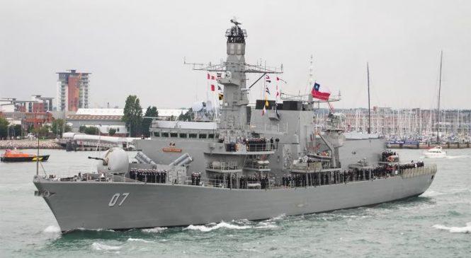 Armada de Chile captura embarcación peruana que realizaba actividad de pesca en en zona económica exclusiva de Chile.