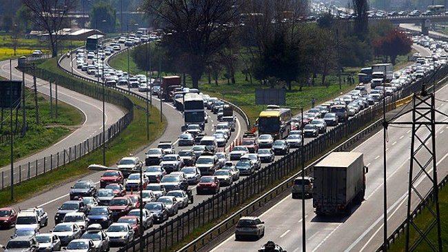 Se espera que 600 mil autos salgan de la capital, durante el fin de semana de fiestas patrias