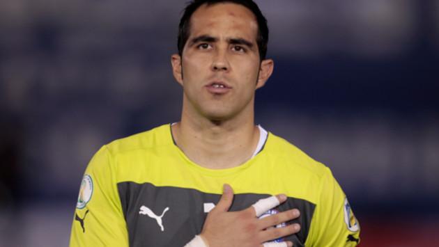 Entre Claudio Bravo y el Rey Arturo, no hay relación, aseguró el mismo Vidal