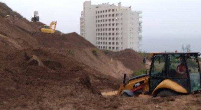 Vecinos de Concón se organizan para defender las Dunas de la constructora RECONSA. Se preparan demandas contra el Estado y gestiones internacionales
