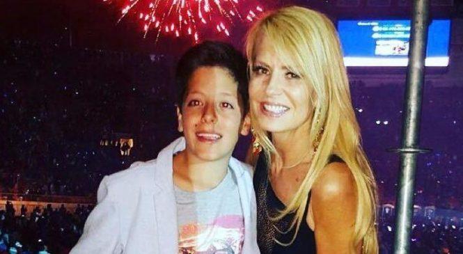 Hijo de Menem y Cecilia Bolocco, usó las redes sociales, para denunciar bloqueo de su hermanastra para que él pueda hablar con su padre